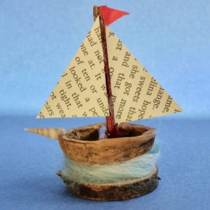 Naturemake Tiny Walnut Boat model